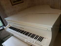 2006 Yamaha Model GC1 Baby Grand Piano, White