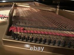 Baldwin Grand Piano 5' 8 Model R Excellent Condition