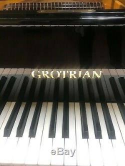 Grotrian Model 7'4 Concert Grand