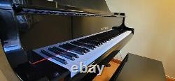 Kawai Classic Grand Piano & Bench Ebony Finish Model GL-20 Model Year 2016