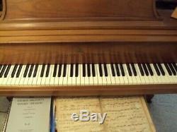 Steinway Model L Grand Piano Gorgeous Walnut Finish