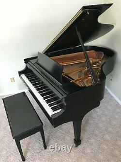 Steinway & Sons Model M Grand Piano 5' 7 1989