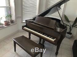 Steinway and sons piano. Model M Antique. Original 1917 King George V