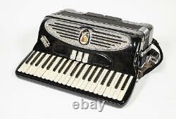 Vintage Giulietti Camerini Deluxe Piano Bass Accordion Model S32 Italy