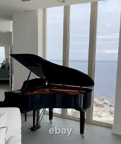 Yamaha Baby Grand Piano Model GB1K, Beautiful Polished Ebony, Perfect Condition